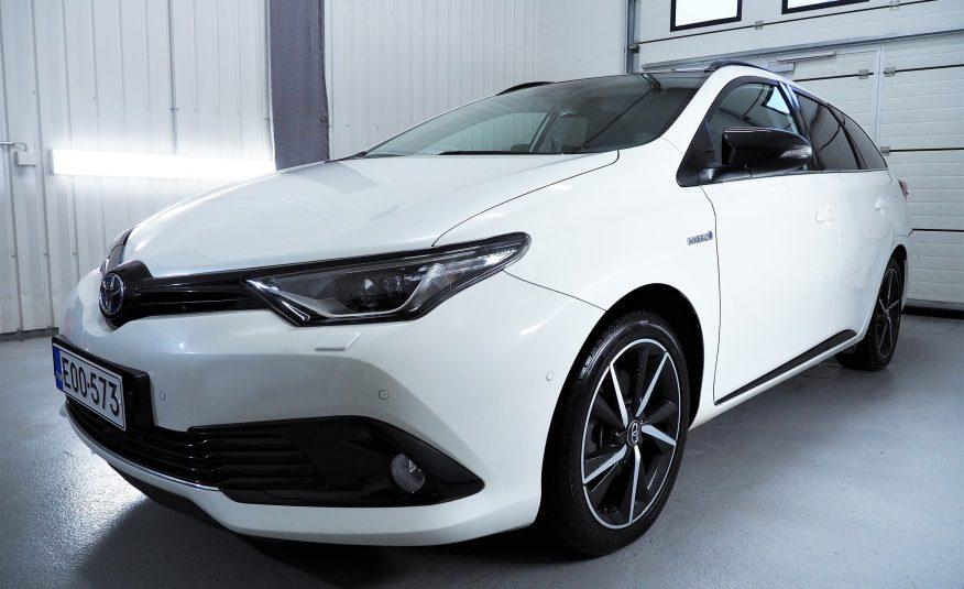 Toyota Auris Touring Sports 1.8 Hybrid Black Edition *Huippumalli *Uudenveroinen *Vaihto *Rahoitus