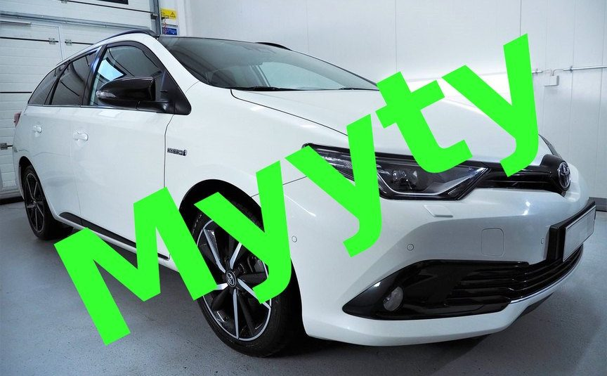 Toyota Auris Touring Sports 1.8 Hybrid Black Edition *Huippumalli *Uudenveroinen