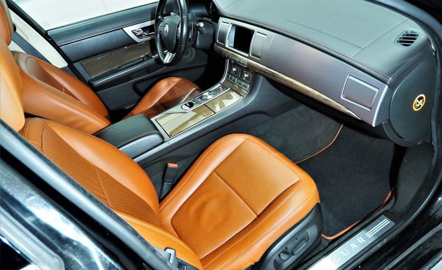 Jaguar XF 4.2 SV8 SuperCharged V8 416Hv *Tulossa